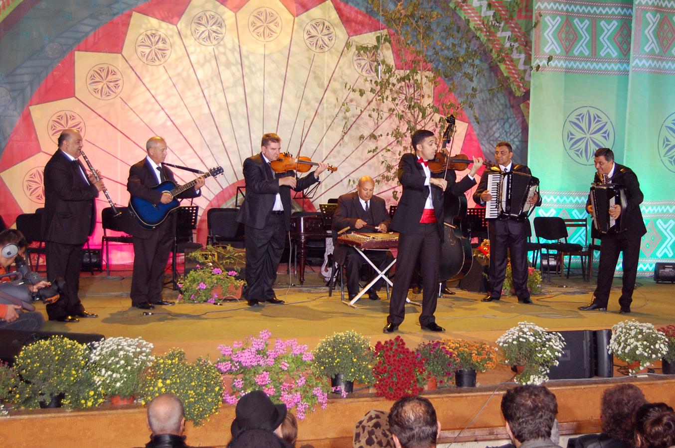 Recital - Valentin Albesteanu si Taraful IonAlbesteanu