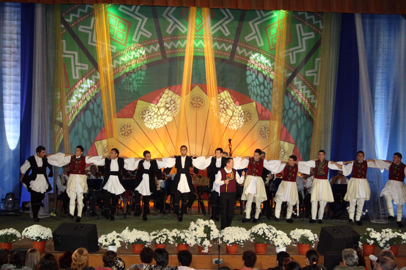 Gica Coada si ansamblul \'\'Iholu\'\' - Constanta - recital