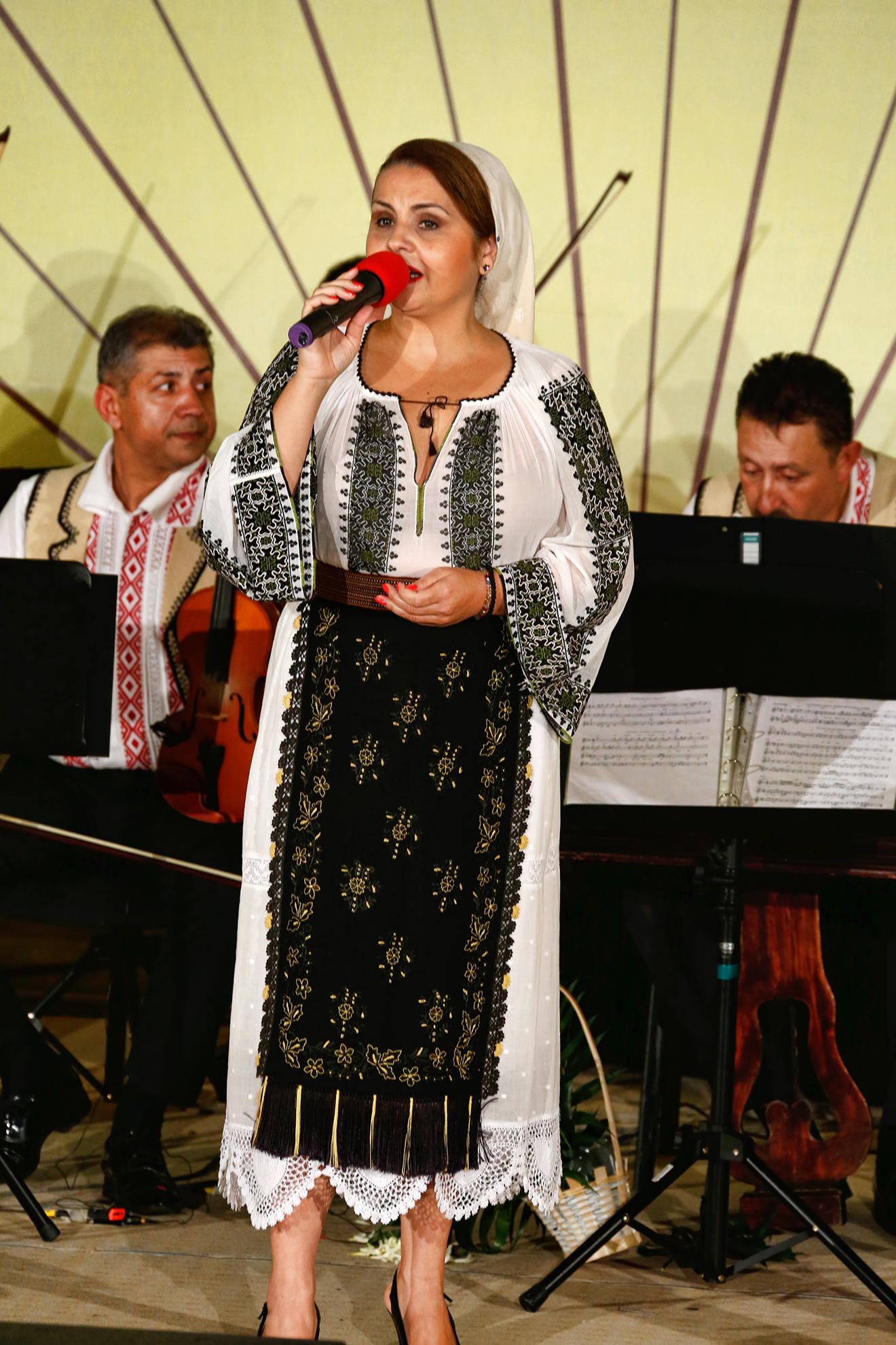 Recital - Victorita Lacatusu